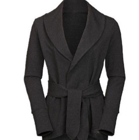 The North Face Jackets & Blazers - The North Face women gray belted wrap cardigan